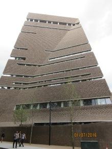 Tate modern. Switch House